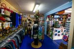 GO WEST Diving - our shop